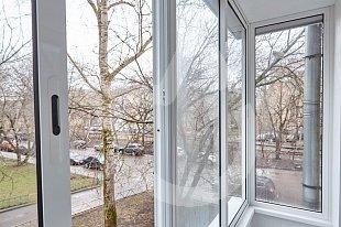 Холодное остекление балконов на Хуторской